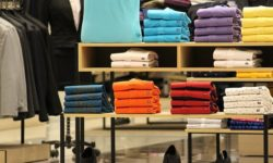 Four Common Reasons Why Shoppers Contact Customer Service at a Clothing Store